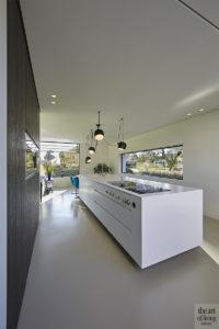 Modern wonen, Maas Architecten, luxe, villa, veel lichtinval, glaspartijen. licht interieur