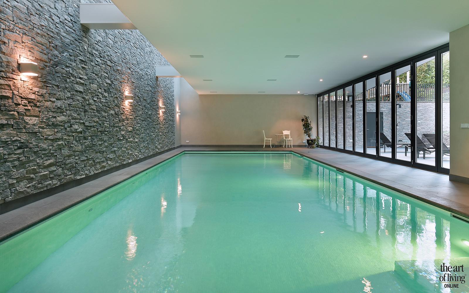 Zwembad voor thuis, Binnenzwembad, Zwembad, Wellness, Home spa, Home Wellness, Sauna, infinity pool