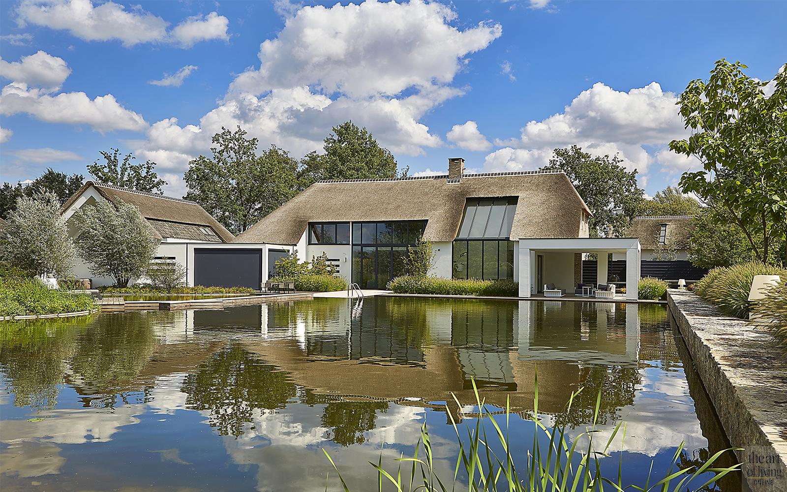 Villa bouwen, Nieuwbouwvilla, Nieuwbouw, Villa, Landhuis, Rieten dak, Moderne architectuur, Landelijk wonen, Exterieur