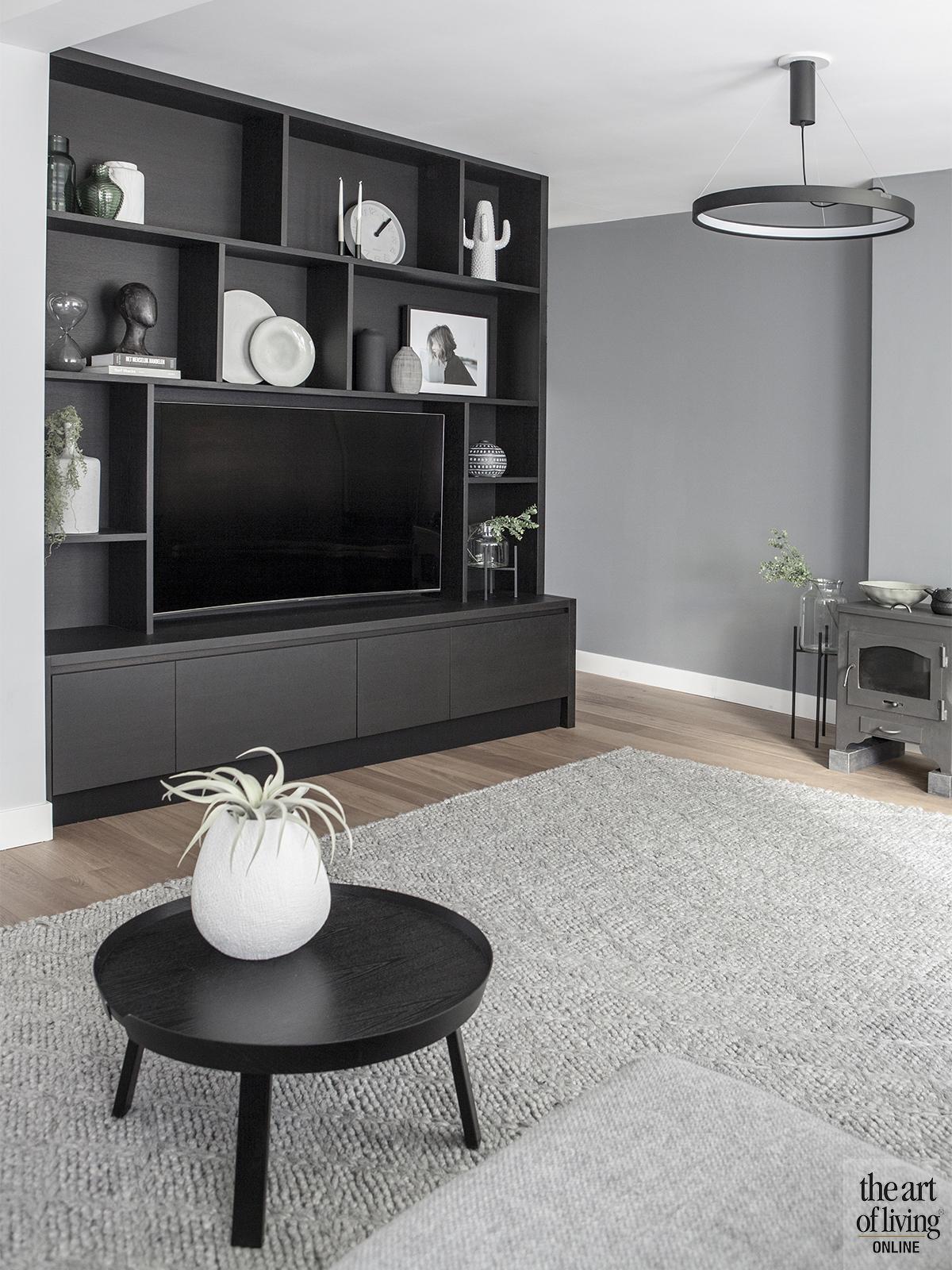 Roomdivider inspiratie, Roomdivider, Leren wandbekleding, Woonkamer inrichting, Badkamer, Slaapkamer inspiratie, Openhaard, Luxueus interieur, Design interieur