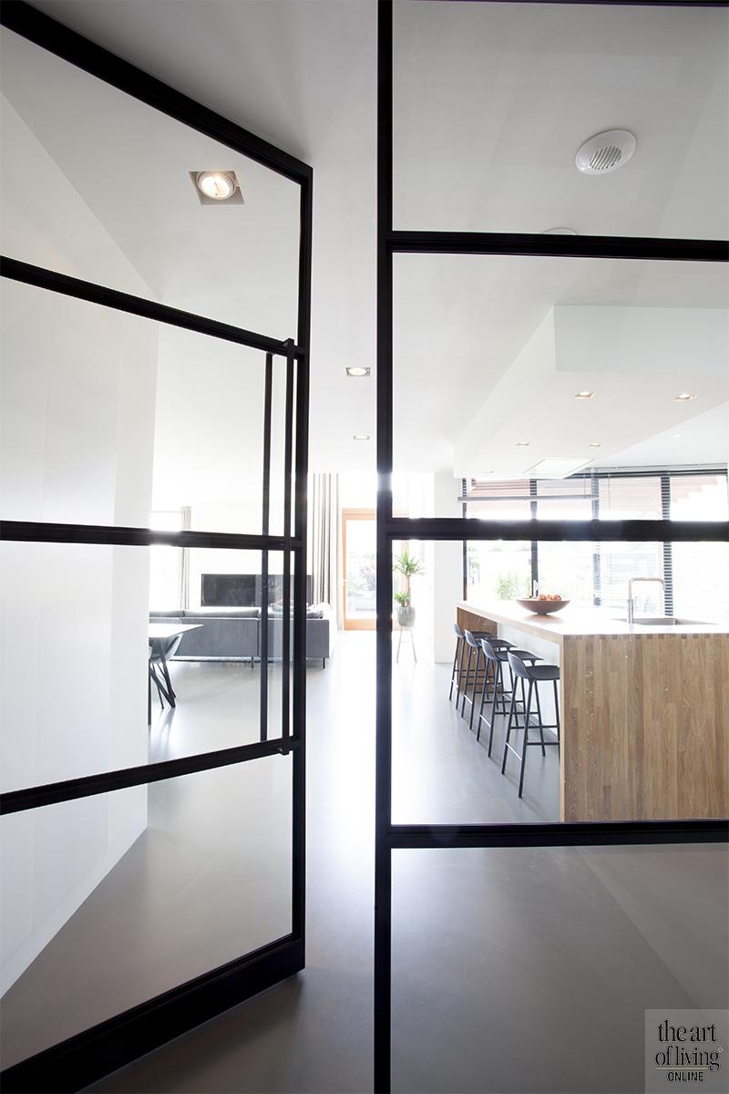 Houten gevelbekleding, Thijssen Verheijden, Modern, Strak, Hout, Licht interieur, Architecten