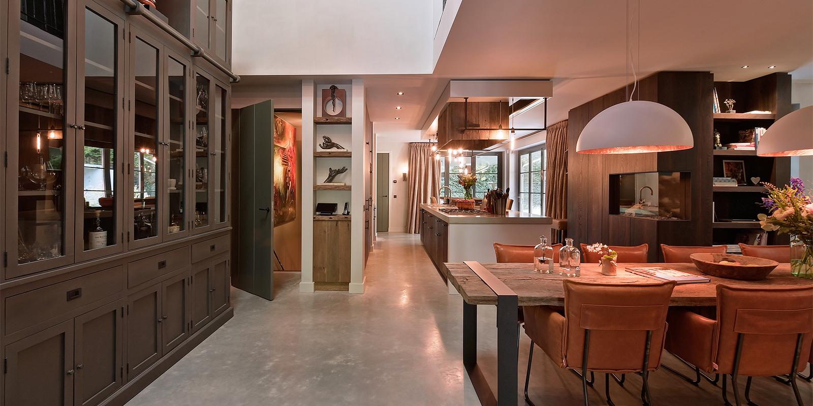 Keuken met hout, Keuken inspiratie, Koken, Van der Padt, Houtelementen, Landelijk modern