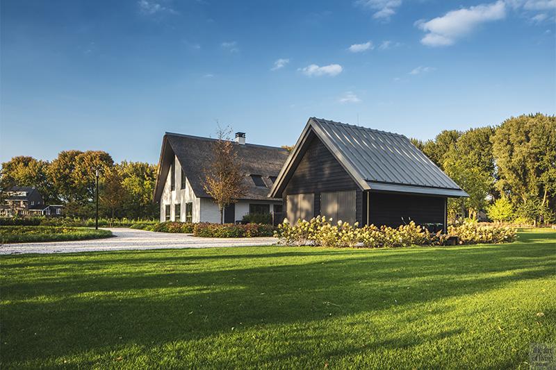 Moderne boerderij, Villa, Modern exterieur, Tuin, Vijver, Terras
