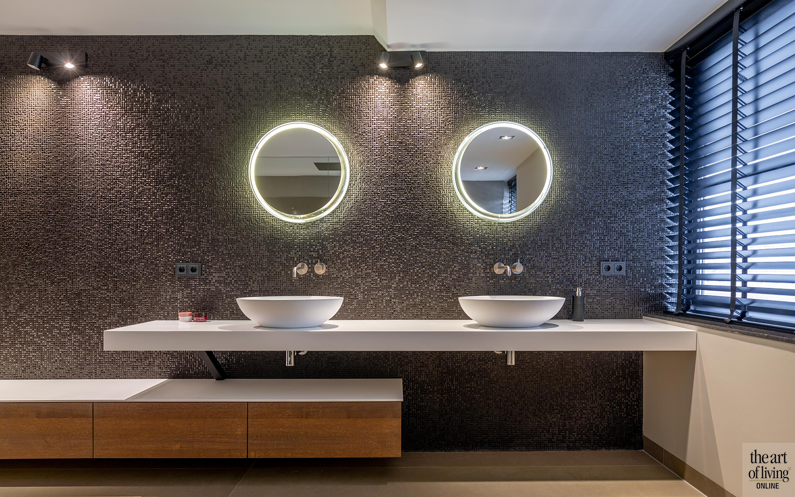 Spiegels, Badkamer spiegel, Spiegel, Ronde Spiegel, Vierkante spiegel, Kaptafel met spiegel, Spiegel met lamp, Rechthoekige spiegel