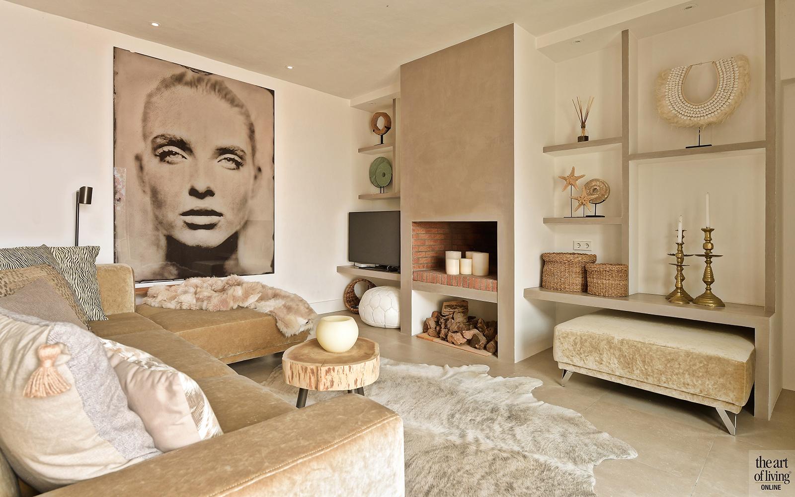 Kleur in je interieur, Woontrend 2019, Woontrend, Kleuraccent, Accentkleur, Gouden muur, Pastel interieur, Ibiza style