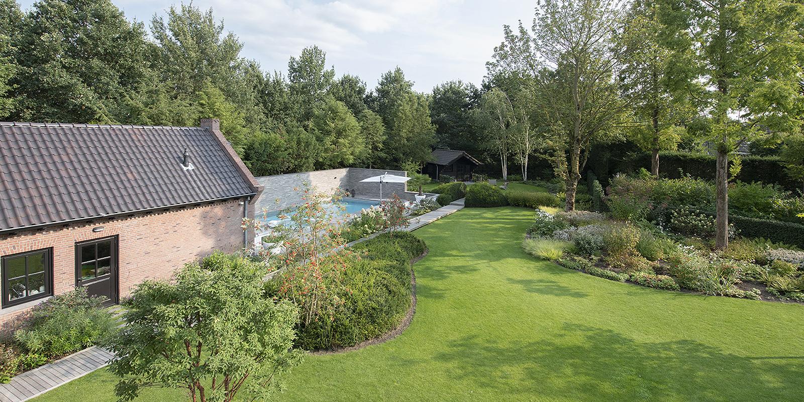 Jacuzzi in de tuin, Wellnesstuin, Jacuzzi, Zwembad, Studio REDD