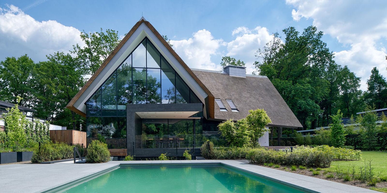 Landelijke Villa, Van Dinther Bouwbedrijf, Gevelbekleding, Eyecatcher, zwembad,