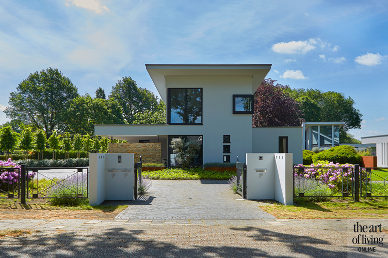 Design haard, Boley, Exterieur, Witte villa, Moderne villa, Poort, Hekwerk, Strakke villa