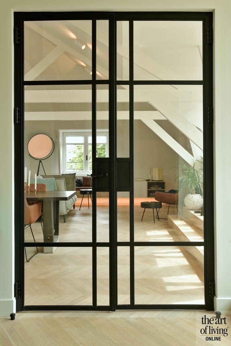 Penthouse, By Thimble, Stalen deuren, Entree, Hal, gang, Stalen deur, Industrieel interieur, strak interieur