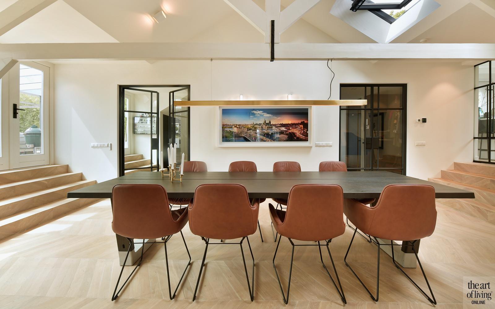 Penthouse, By Thimble, Woonkamer, eetkamer, eettafel, Open keuken, design meubels, Houten vloer