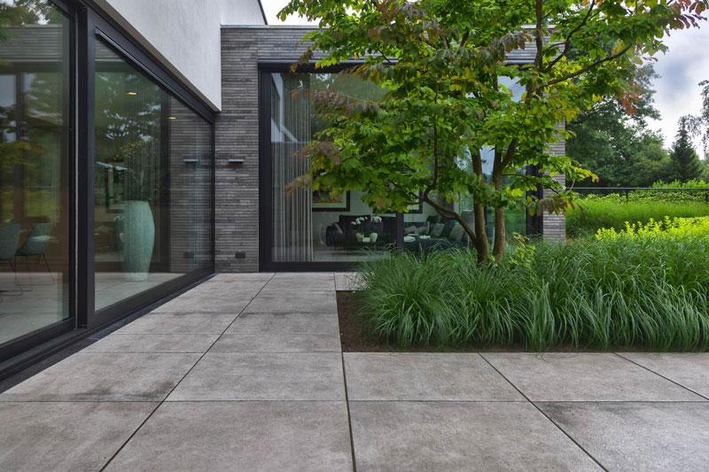 Strakke tuin, Stoop Tuinen, the art of living