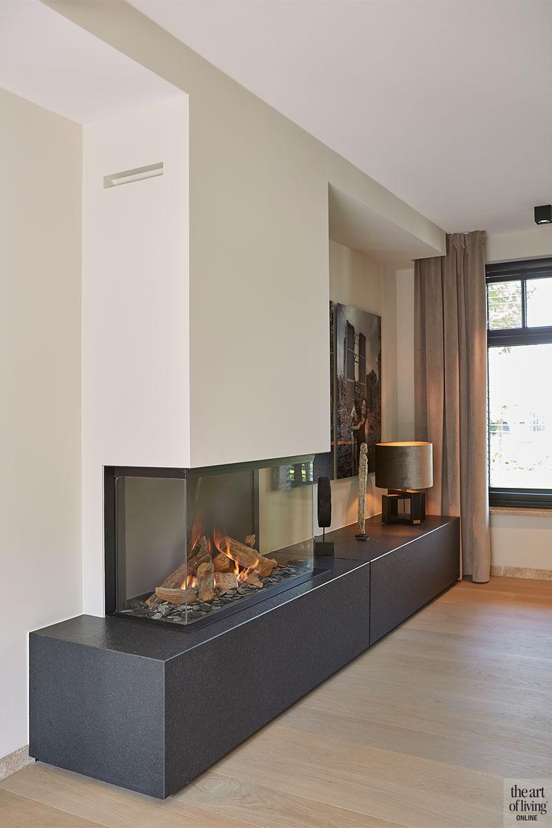 Boerderij, Marco Daverveld, Interieurdesign, Landelijk interieur, Landelijk wonen, Design meubels, Warm interieur, Open haard, Haard, Openhaard