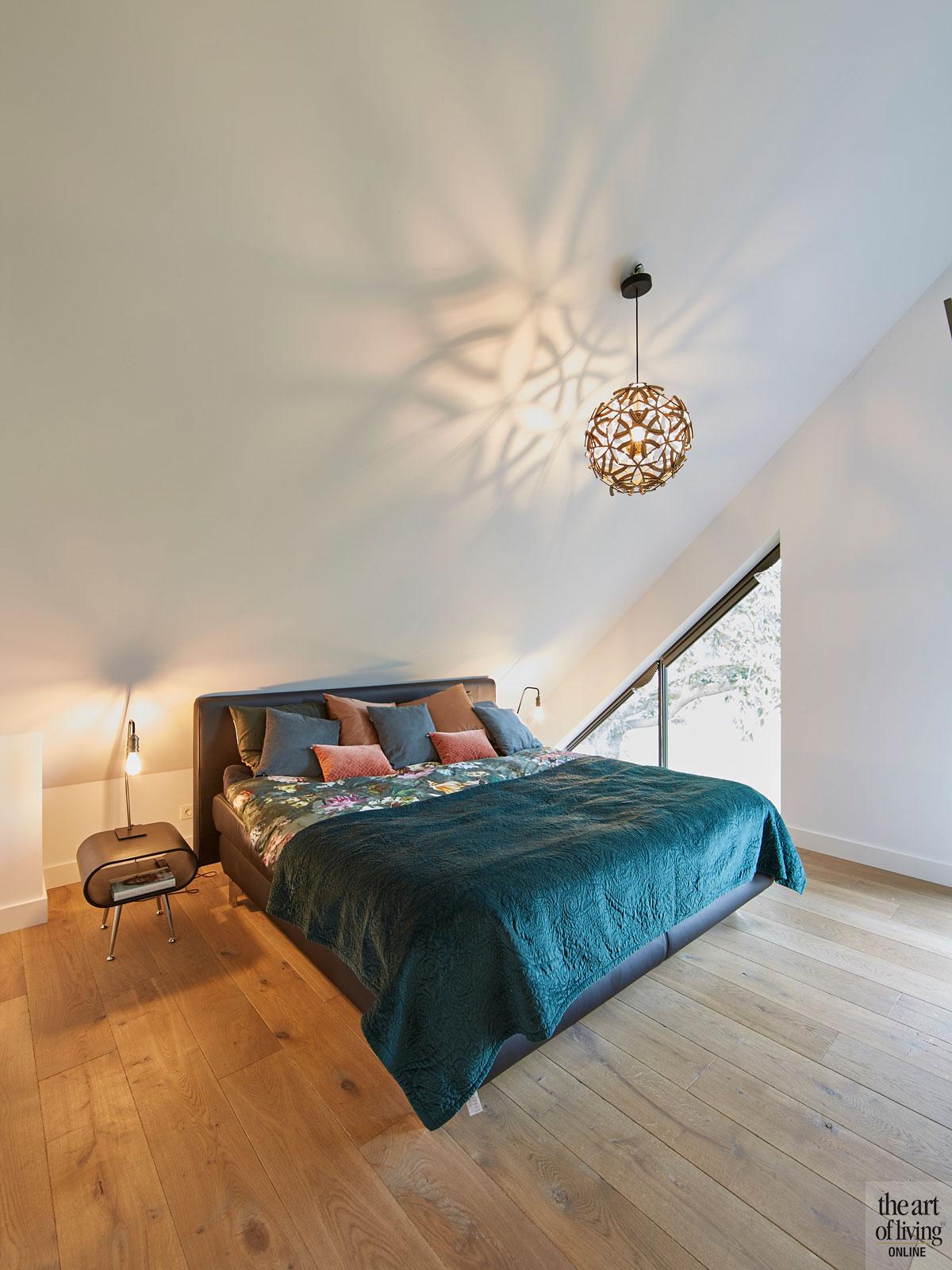 Chic interieur, Mirthe Janus, Slaapkamer, Masterbedroom, Houten vloer