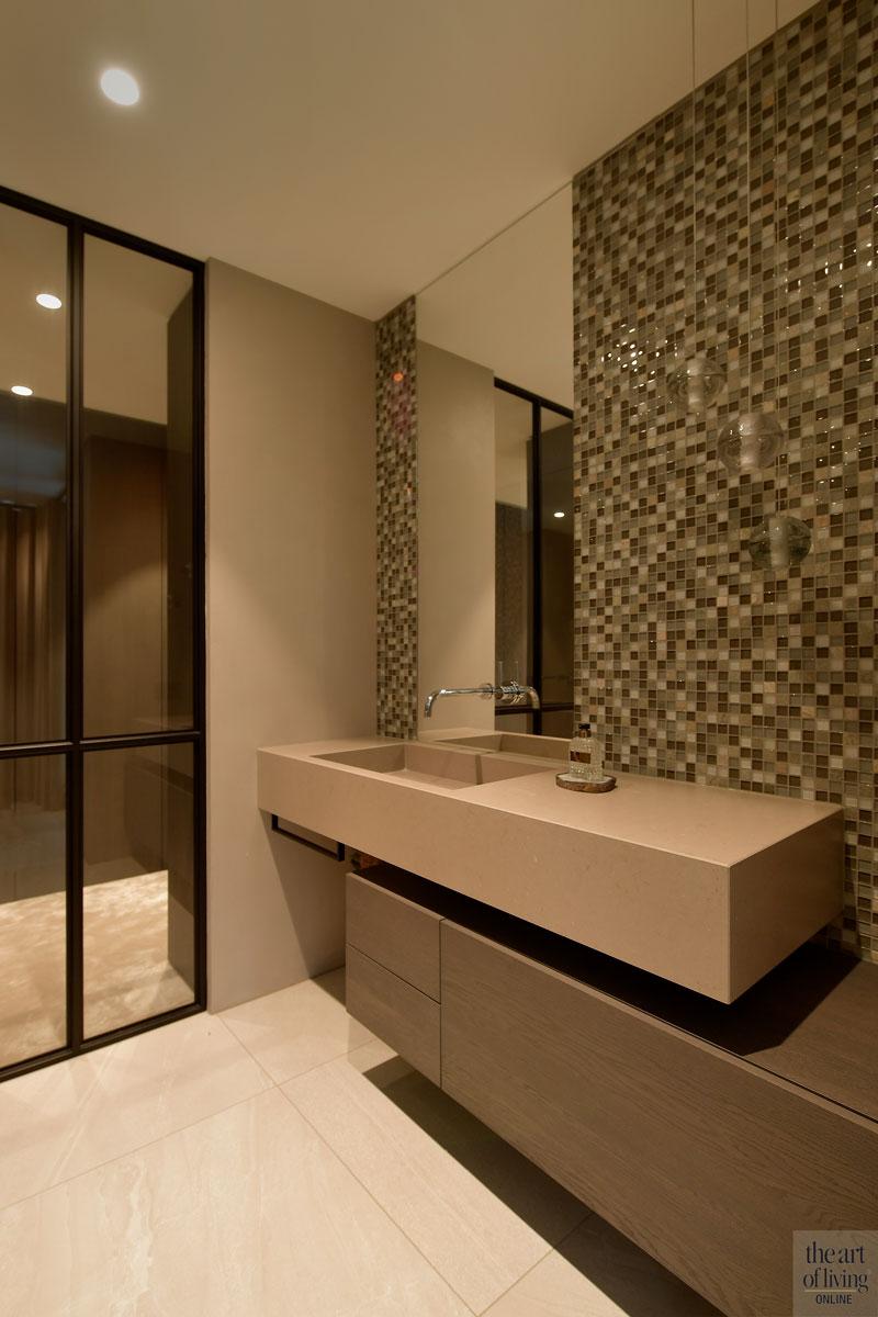 Droomhuis, Marco van Veldhuizen, Badkamer, Vrijstaand bad, Badkamer design, Design badkamer, gietvloer, Mozaïek