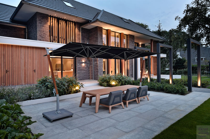 Droomhuis, Marco van Veldhuizen, terras, Exterieur, Moderne villa, tuindesign, tuinontwerp, zwembad, villa met zwembad, tuinmeubelen