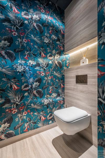 High end interieur, Herman Peters, Badkamer, Spiegel, Ovale spiegel, Wastafel, badkamer design, toilet design, muurbekleding, behang toilet
