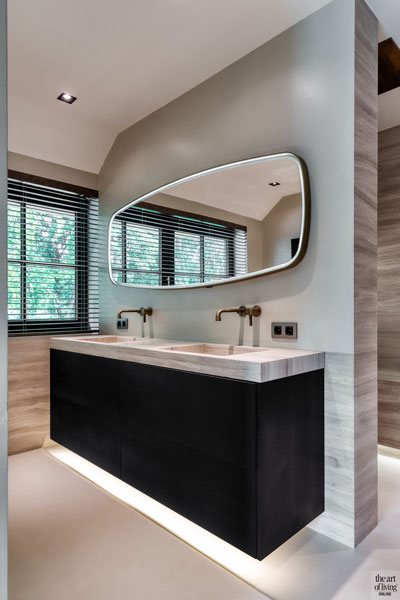 High end interieur, Herman Peters, Badkamer, Spiegel, Ovale spiegel, Wastafel, badkamer design