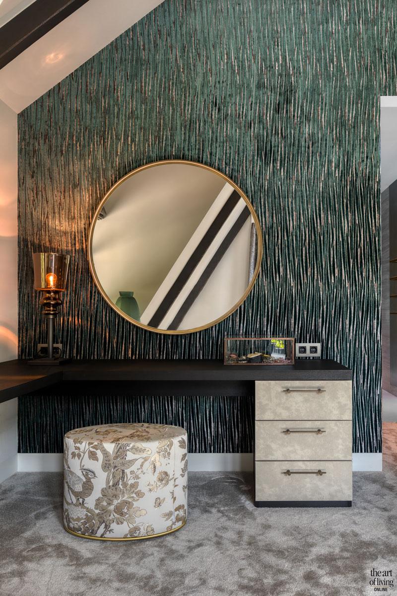 High end interieur, Herman Peters, Slaapkamer, muurbekleding, kaptafel, design meubels