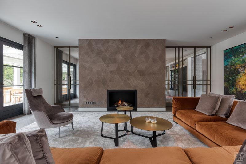 High end interieur, Herman Peters, woonkamer, living, openhaard, open haard, haard, interieurdesign, design meubelen