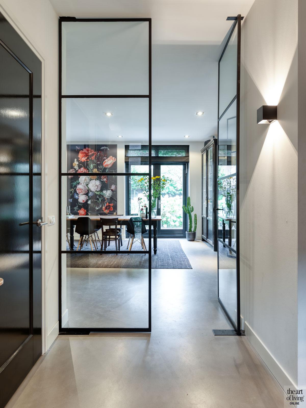 Stalen deuren, Stalendeurenhuys, Stalen deur, Industrieel interieur, Strak interieur, Warm interieur, Stoer interieur