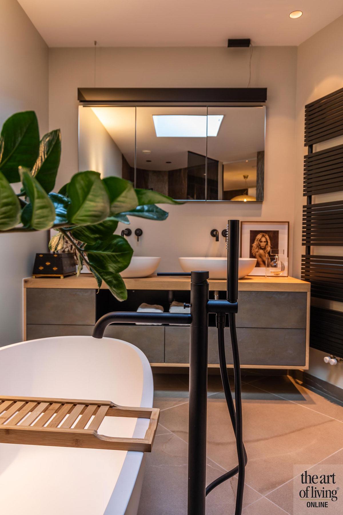design interieur, Osiris Hertman, duinvilla, exclusief wonen, stalen deuren, cultureel erfgoed