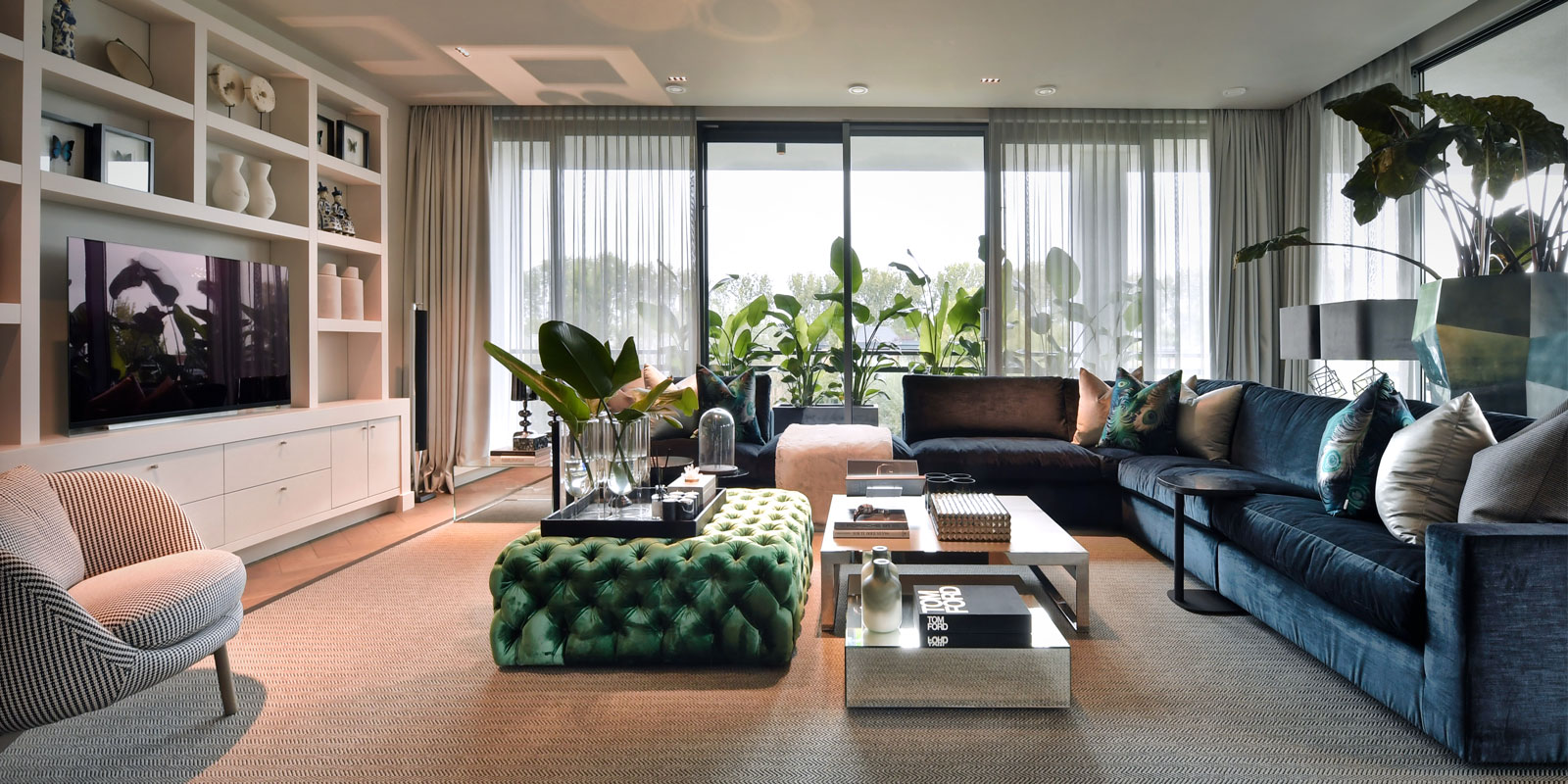 luxueus interieur, timo van riggelen, penthouse, rotterdam, zwarte keuken, metropolitan