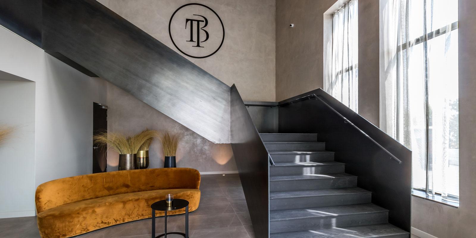 stalen trap, van bruchem staircases, hotel, uniek design