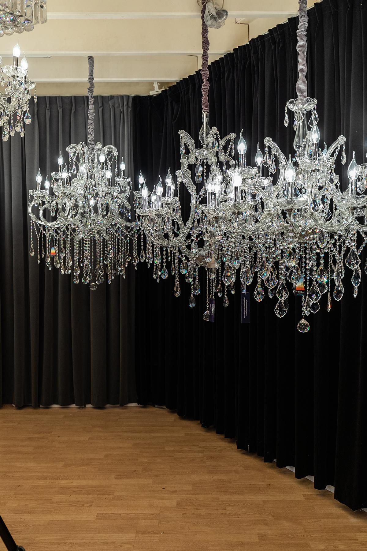 kroonluchter, Haagsche kunsthandel, swarovski, kristallen, showroom, exclusief, eycatcher