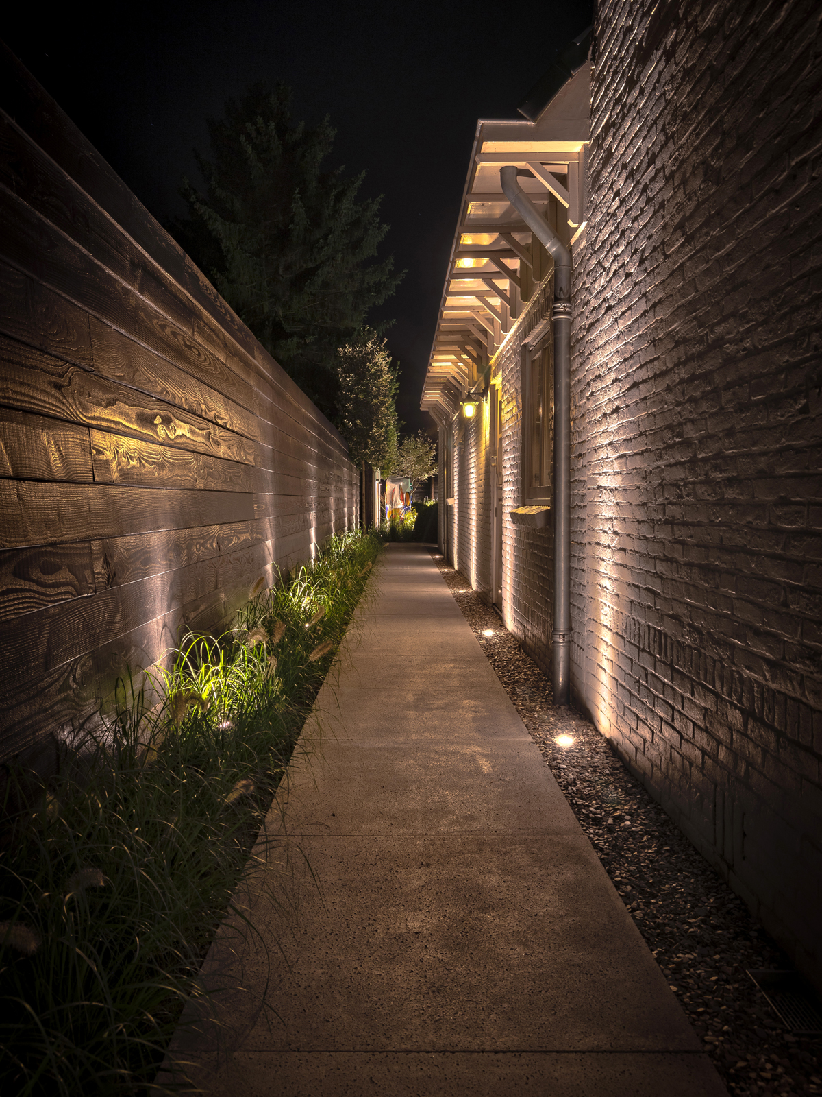 Tuinverlichting, in-lite design, knops tuindesign, sfeer, luxe, zwembad, openhaard