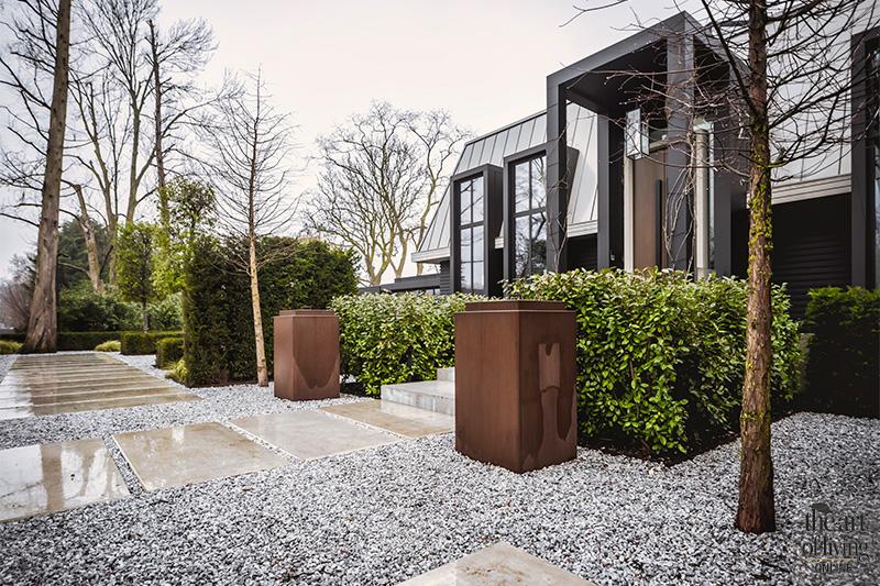 Villa met bijzondere voordeur, Wolterinck, strak, interieurdesign, maatwerk interieur