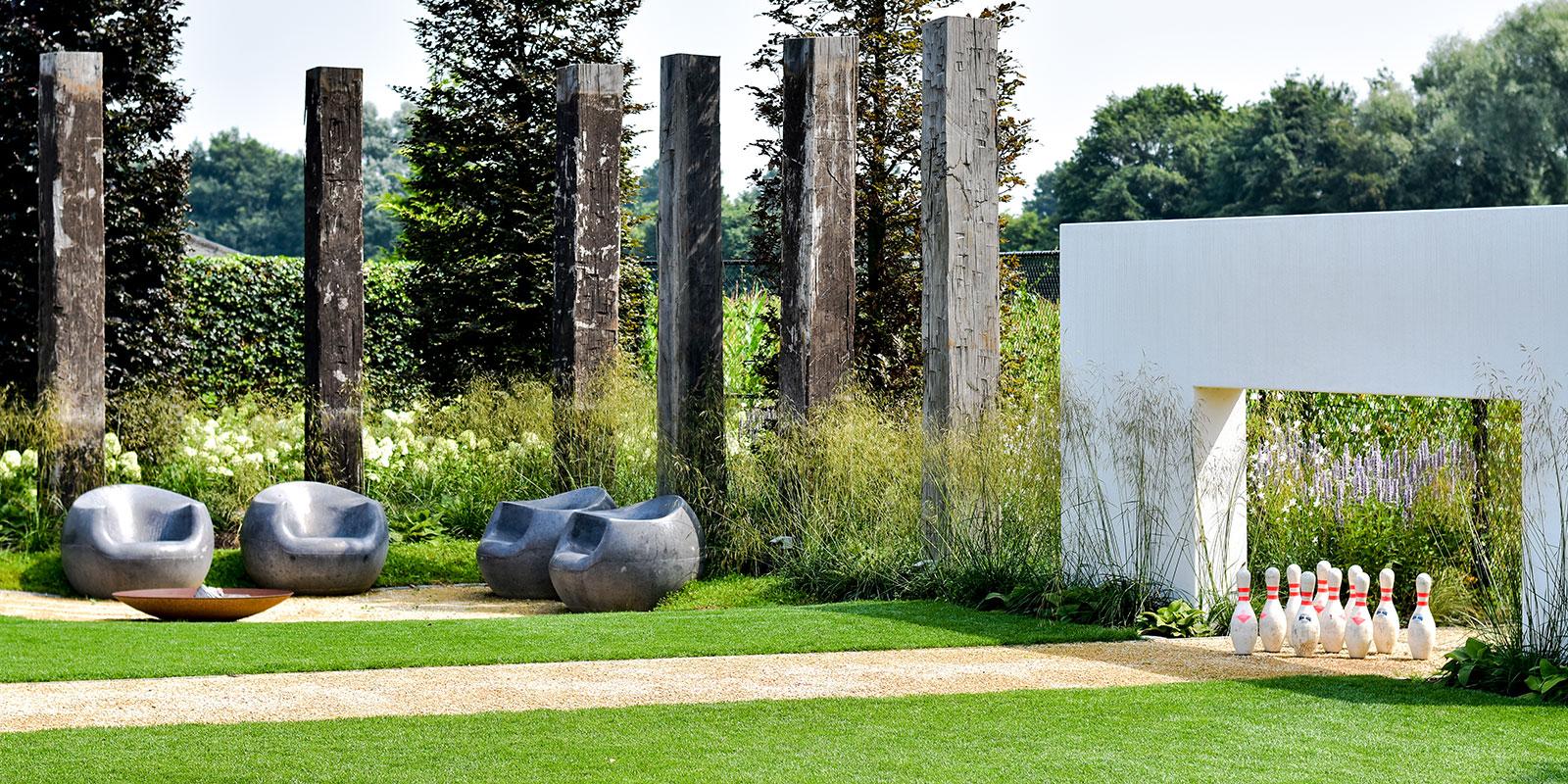 Kegelbaan als eyecatcher in de tuin, Buijtels Buitengewone Tuinen, biodiversiteit, minimalistisch