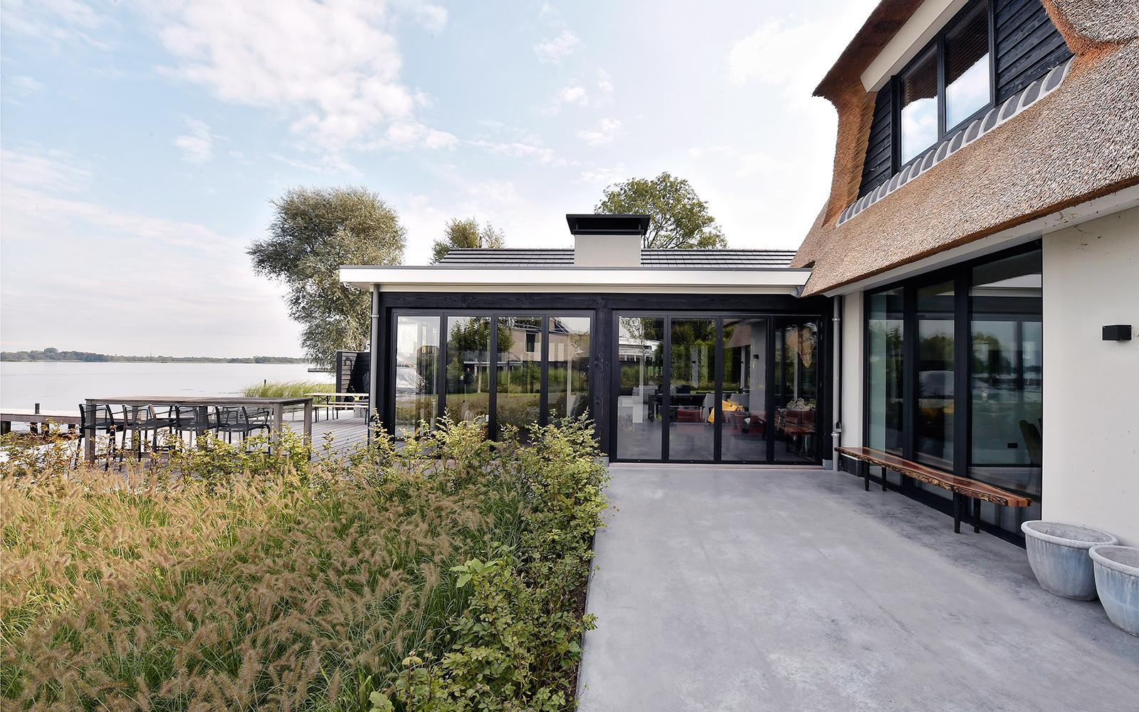 Solarlux, vouwwand, uitzicht, glazen schuifpui, villa