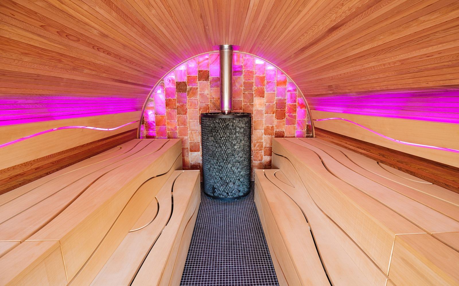 Alpha Industries, luxe sauna, wellness