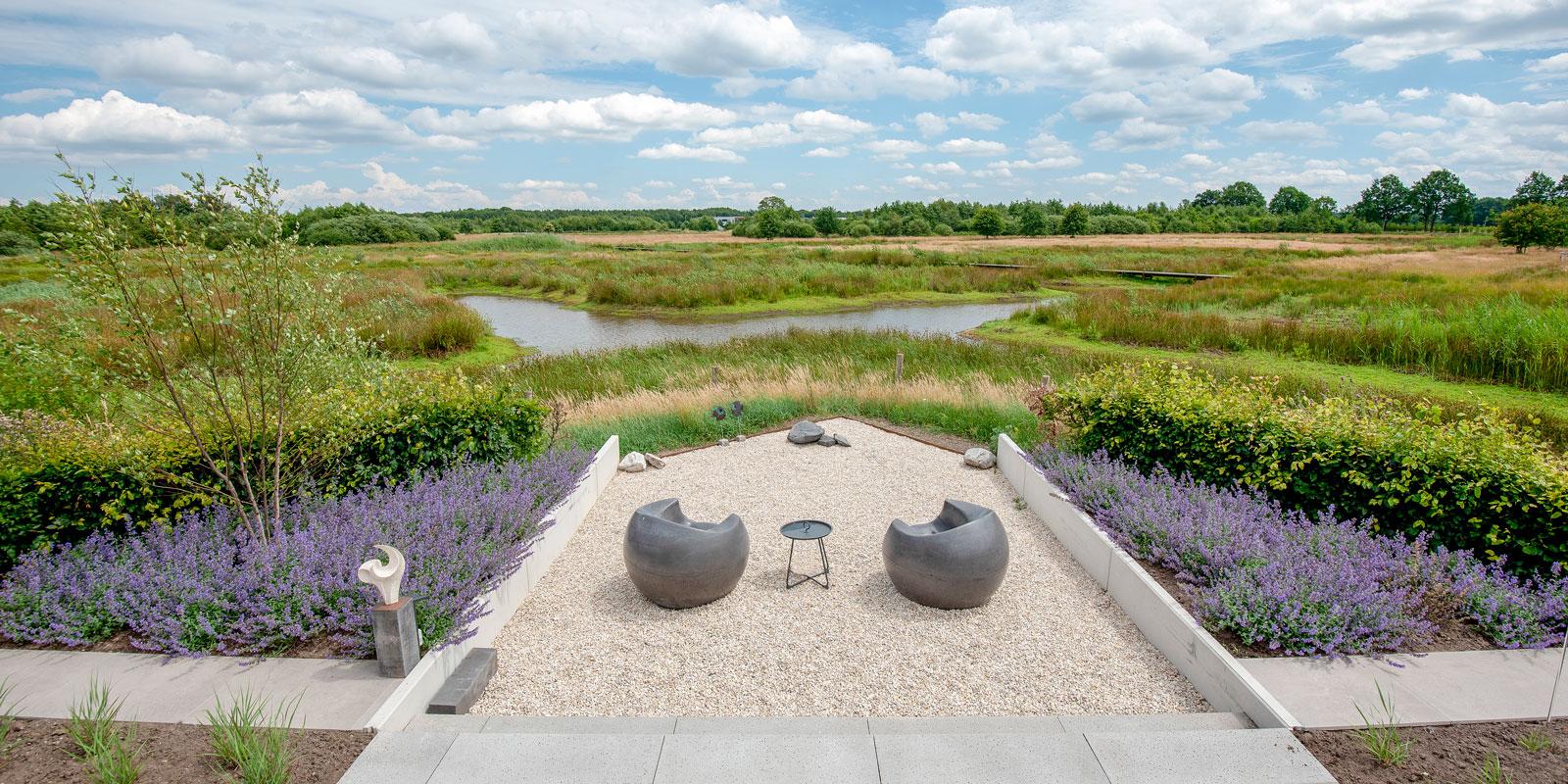 Landelijke tuin in natuurlijke omgeving, Buijtels Buitengewone Tuinen, The art of living