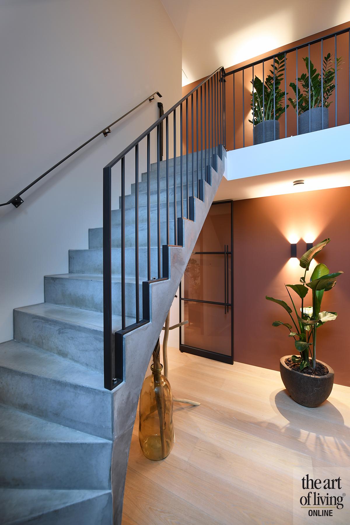 Symmetrische Architectuur, Van Houtum, the art of living