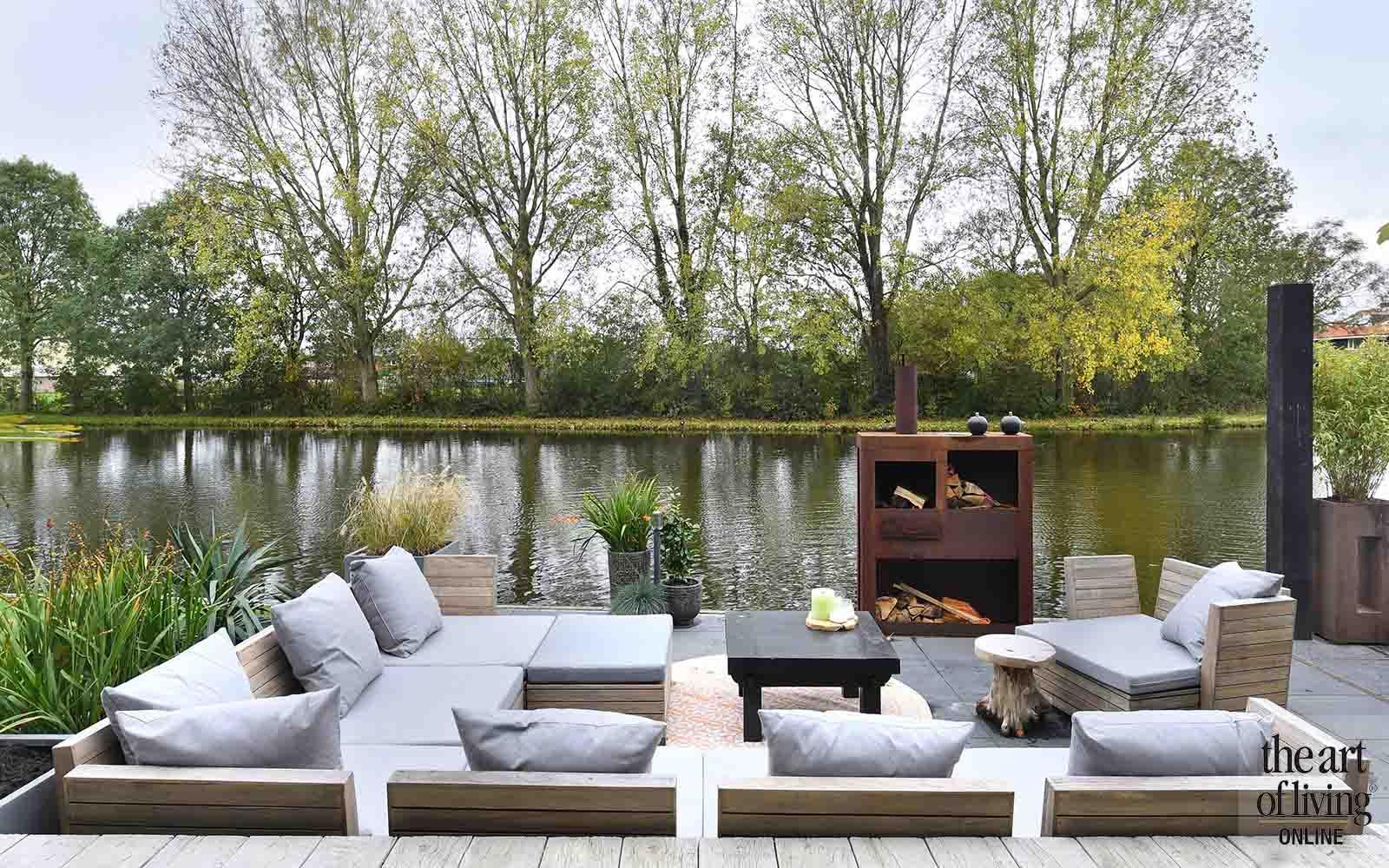 Tuin aan het water, Desaunois, the art of living