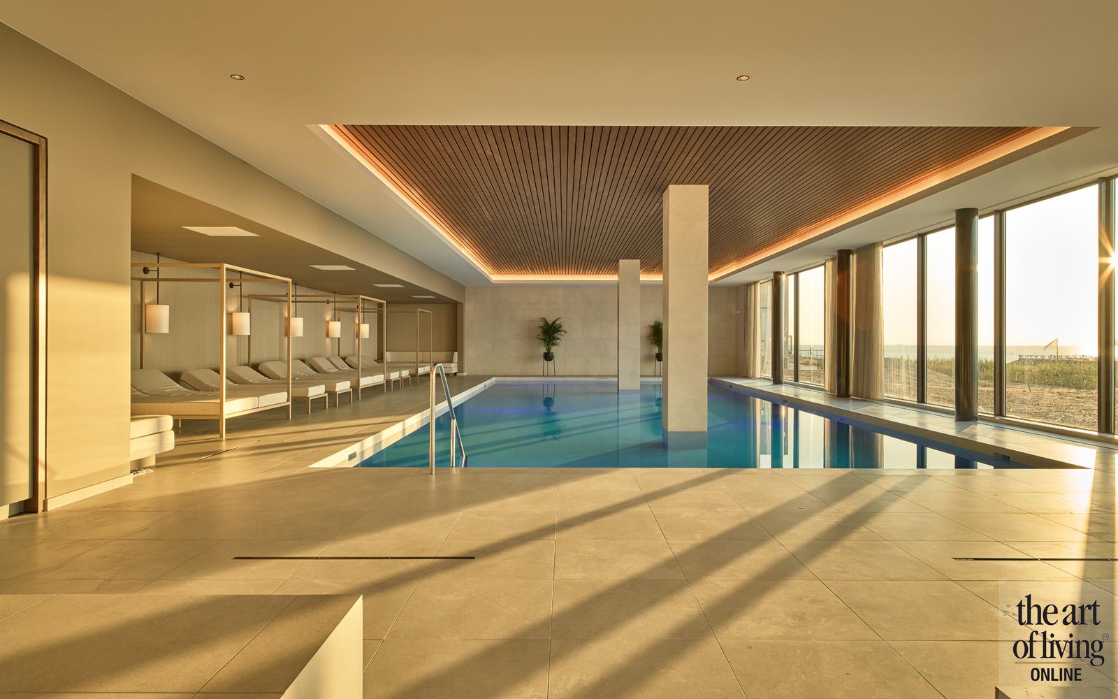 Hotel in de duinen   Hotel De Blanke Top, the art of living