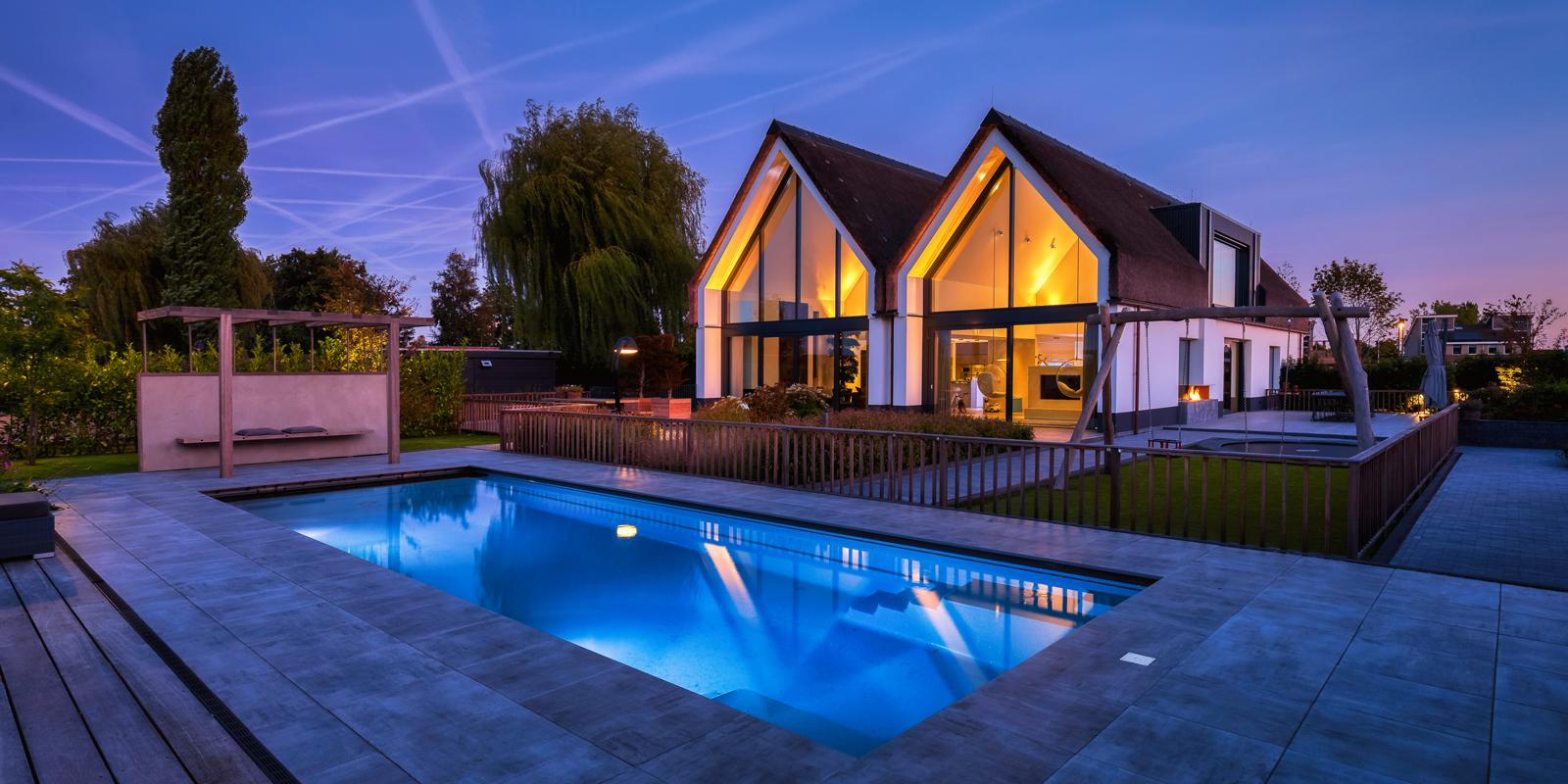 zwembad in de tuin, compass pools, the art of living