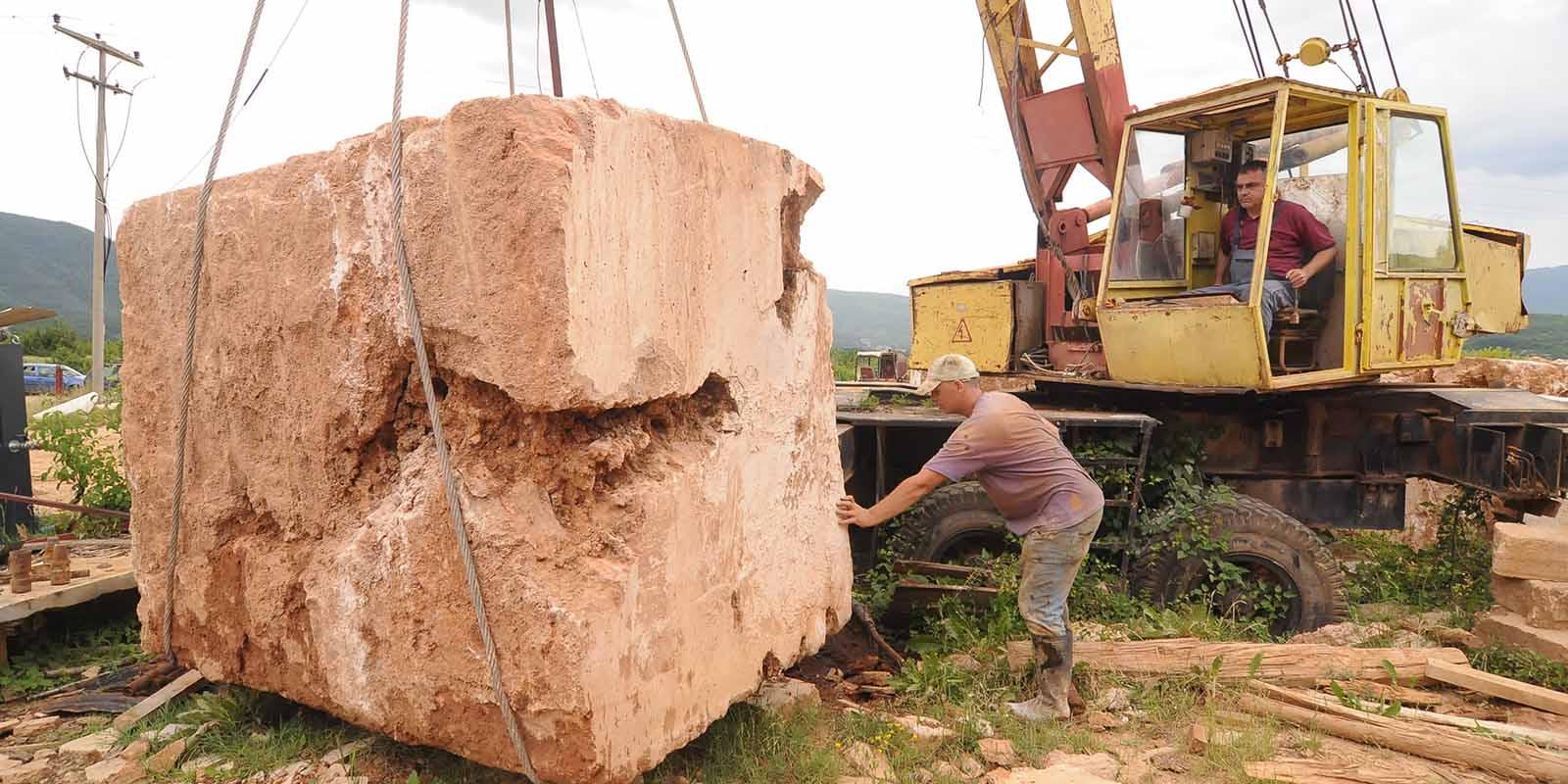 macedonië, the art of living, natuurgevelsteen