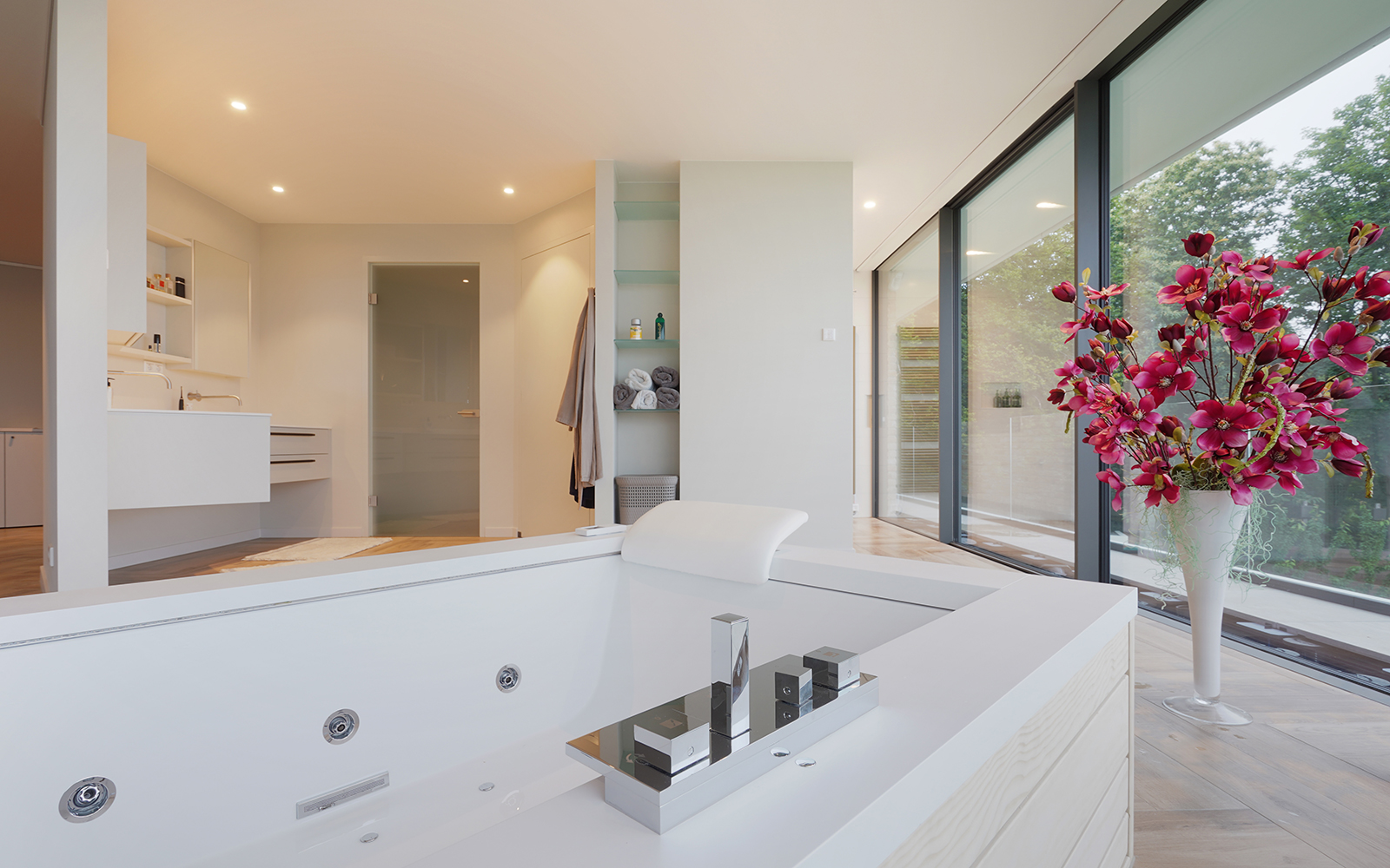 de eerste kamer badkamers, the art of living, ensuite badkamer
