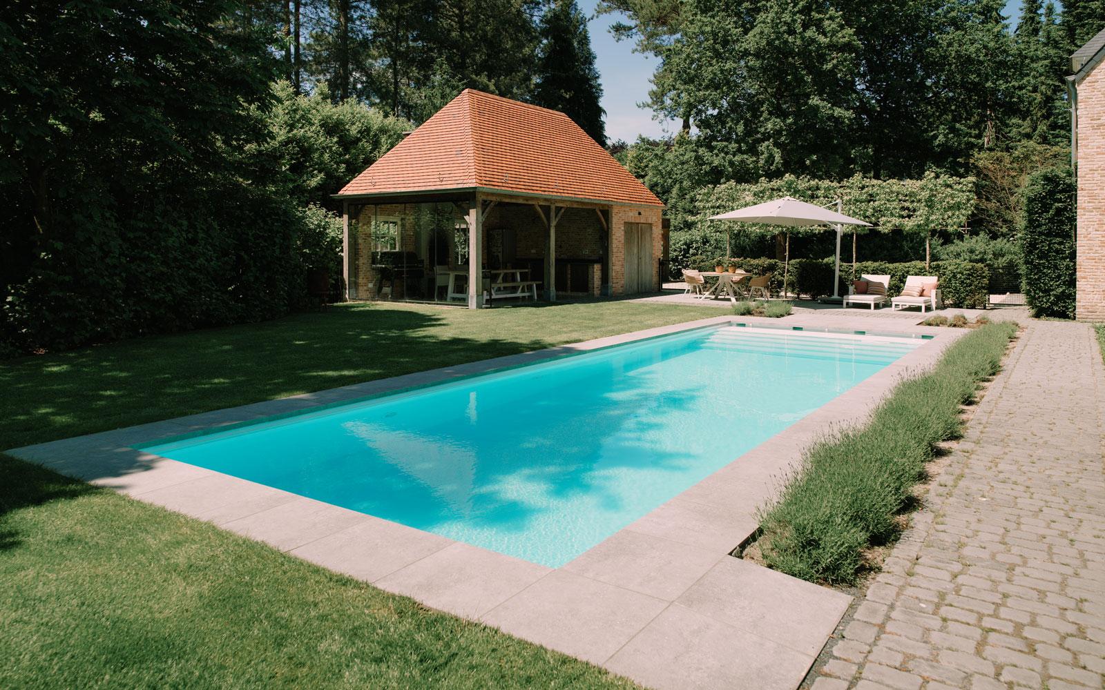buitenzwembad, starline, eigen zwembad, the art of livingbad - Art Starline - modern - zwembad in tuin - eigen zwembad